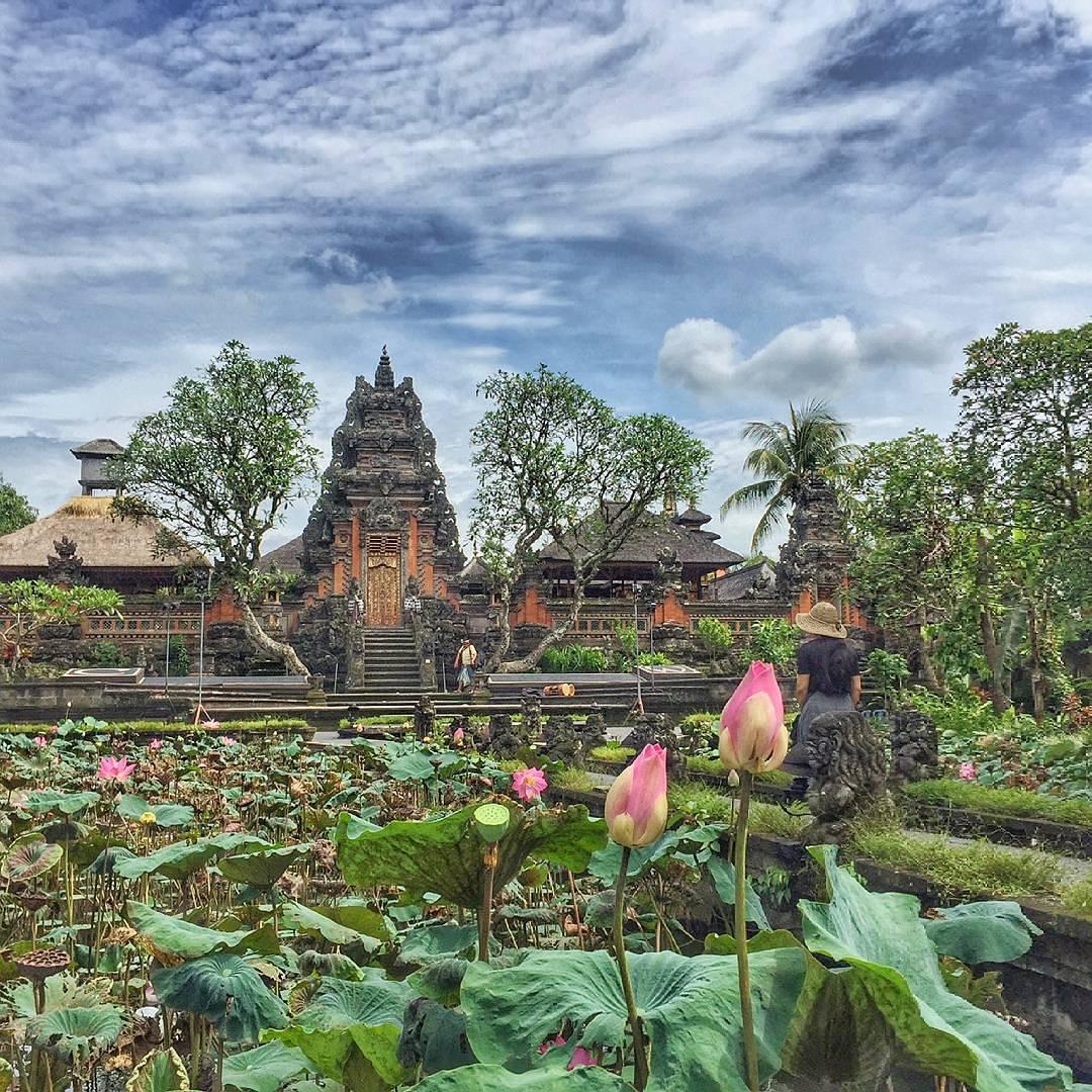 Istana Puri Saren Ubud – Wisata Sejarah Kejayaan Masa Lalu Kerajaan Ubud di Bali