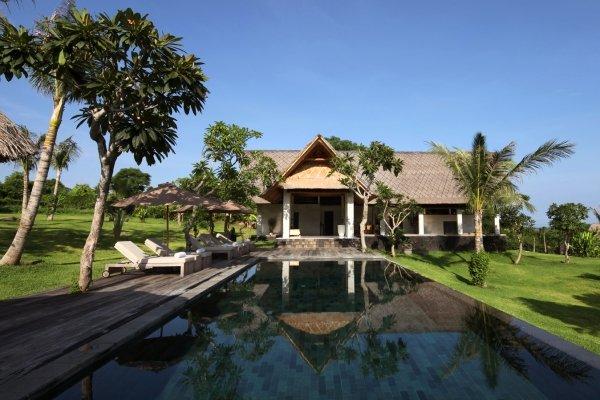 Jeda Villa Pemuteran, Penginapan Mewah dengan Akses Diving Spot Populer yang Sangat Mudah