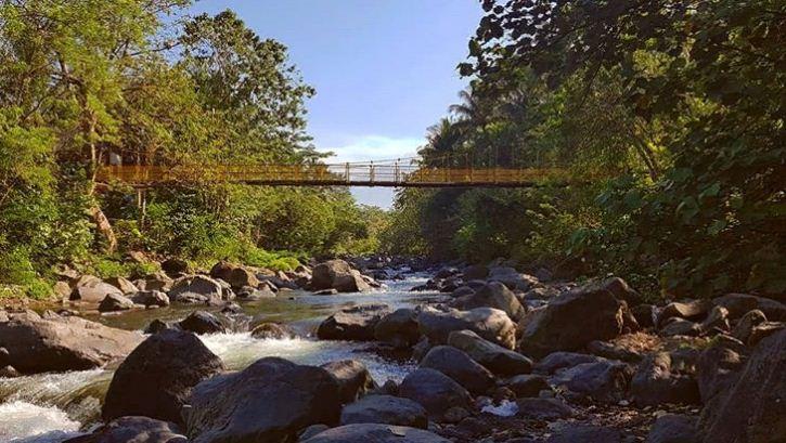 Jembatan Kuning Tukad Yeh Unda 2 » Jembatan Kuning Tukad Yeh Unda, Destinasi Wisata Murah Meriah dan Asyik di Bali