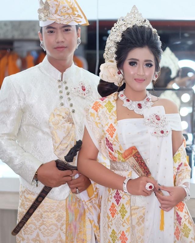 Jenis Pakaian Adat Bali