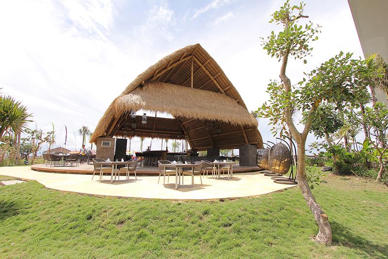 Jivva Beach Club Bali 1 » Jivva Beach Club Bali, Tempat Nongkrong Asik di Tepian Pantai Lepang, Klungkung