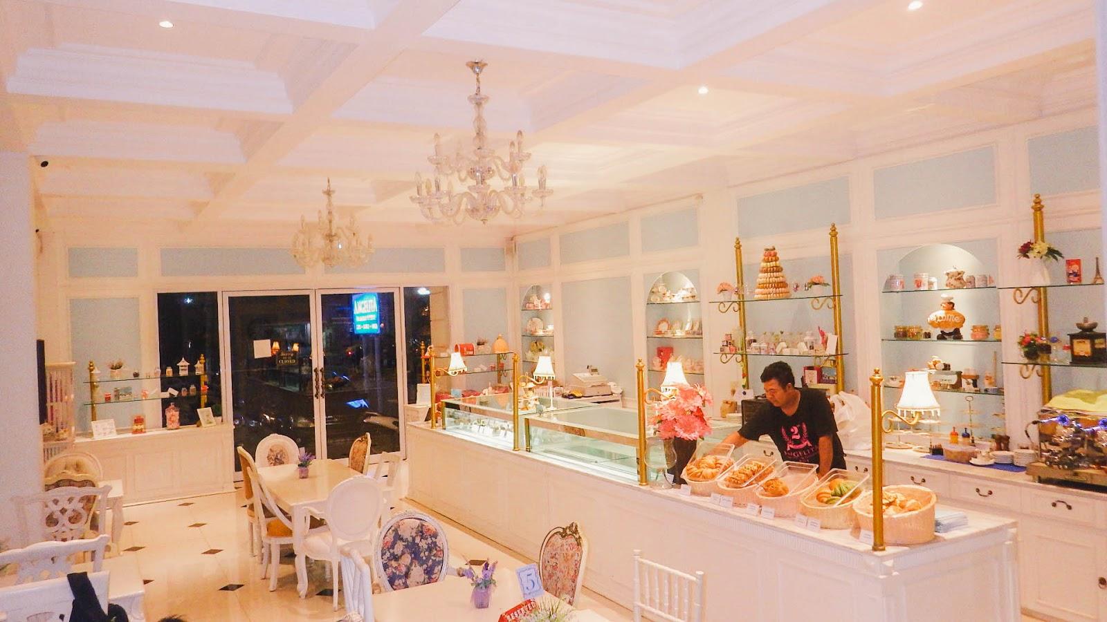 Kafe Angelita Patisseries Bali-2