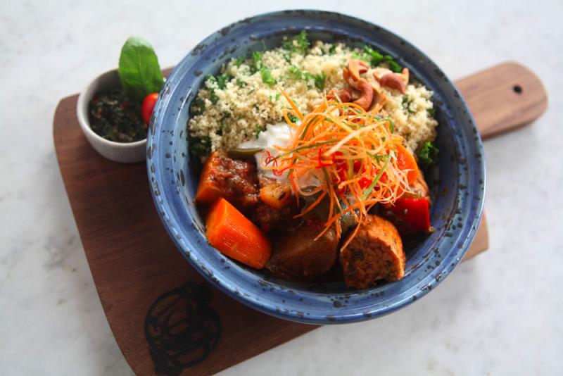 Kafe Kebun Bistro Ubud 1 » Kafe Kebun Bistro Ubud, Pilihan Tempat Menyantap Makanan Enak dengan Suasana Unik dan Nyentrik