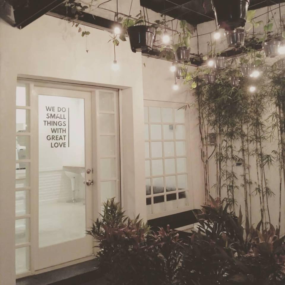 Kafe Nutbrown 1 » Kafe Nutbrown, Coffeeshop Keren dengan Nuansa Romantis dan Elegan