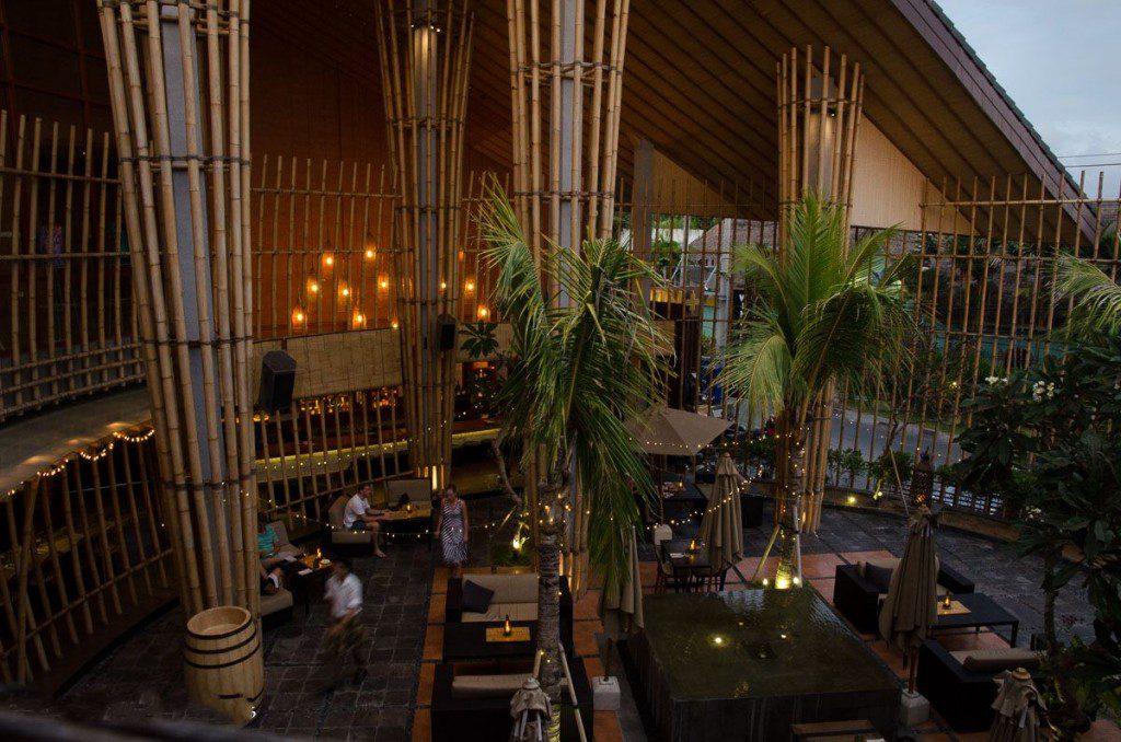 Kafe Vin Seminyak 3 1024x678 » Kafe Vin+ Seminyak, Sajian Wine dengan Suasana Ruangan Berarsitektur Tradisional