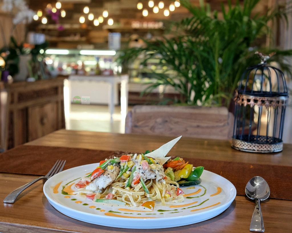 Kakiang Garden Cafe Ubud 1 1024x819 » Kakiang Garden Cafe Ubud, Kafe Taman yang Nyaman dengan Sajian Kekinian di Bali