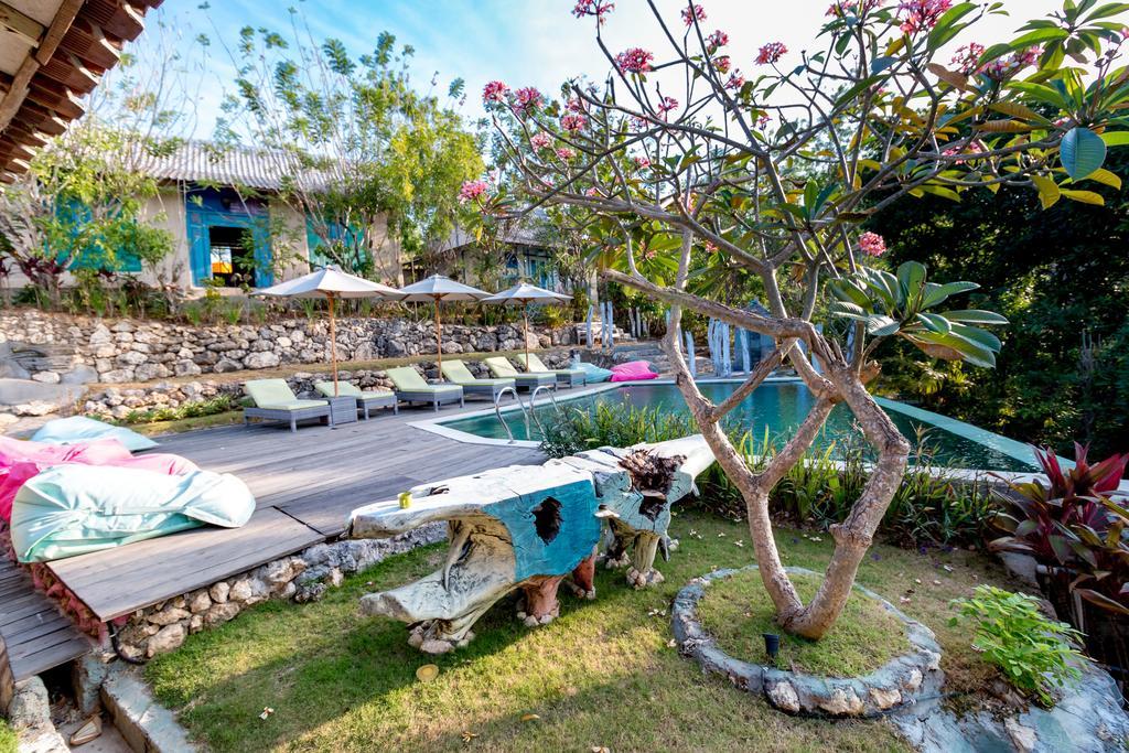 Kampung Jimba Uluwatu, Penginapan Sekaligus Resto dengan Suasana Tradisional dan Alami