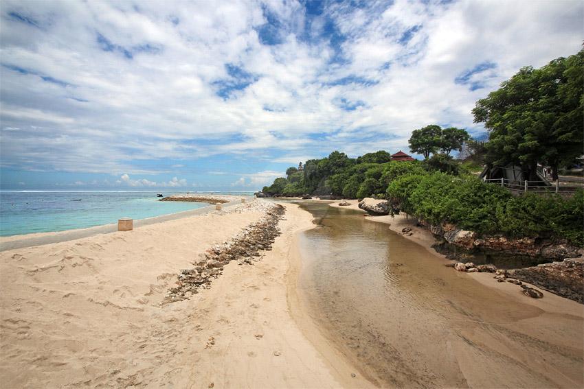 Keindahan Pantai Geger Nusa Dua » Pantai Geger Nusa Dua, Pantai Pasir Putih yang Alami