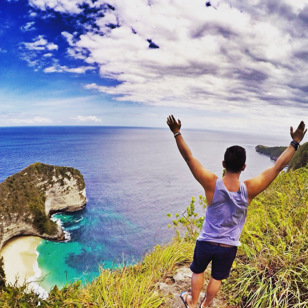 Indahnya Pantai Kelingking Secret Point Nusa Penida