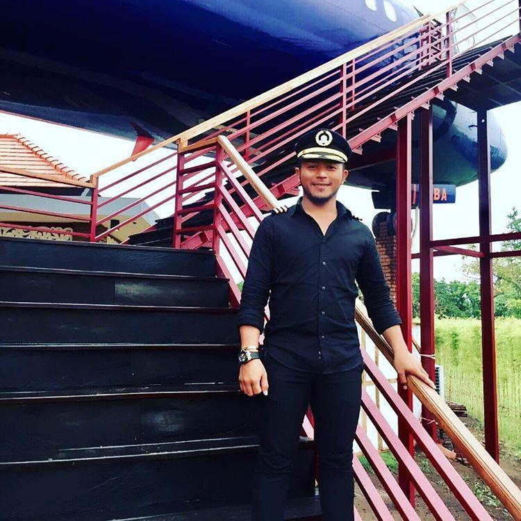 Keramas Aero Park Gianyar 3 » Keramas Aero Park Gianyar, Restoran Unik dengan Nuansa Makan di Dalam Pesawat