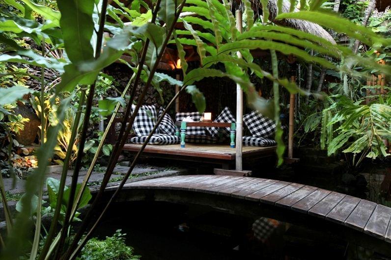 Kori Restaurant & Bar Legian, Tempat Bersantap Asyik dengan Tema Garden Restaurant