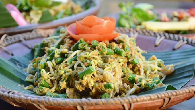 Kuliner Ayam Khas Bali  » Bingung Cari Makanan Halal di Bali? Pilih 5 Kuliner Ayam Khas Bali Ini Saja!