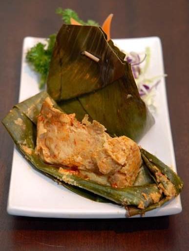 Kuliner Tum Khas Bali 3 » Mencicipi Kuliner Tum Khas Bali, Sajian Botok dari Pulau Dewata