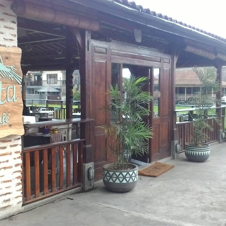 La Casita Canggu 3 » La Casita Canggu, Pilihan Tempat Makan yang Nyaman untuk Keluarga di Bali