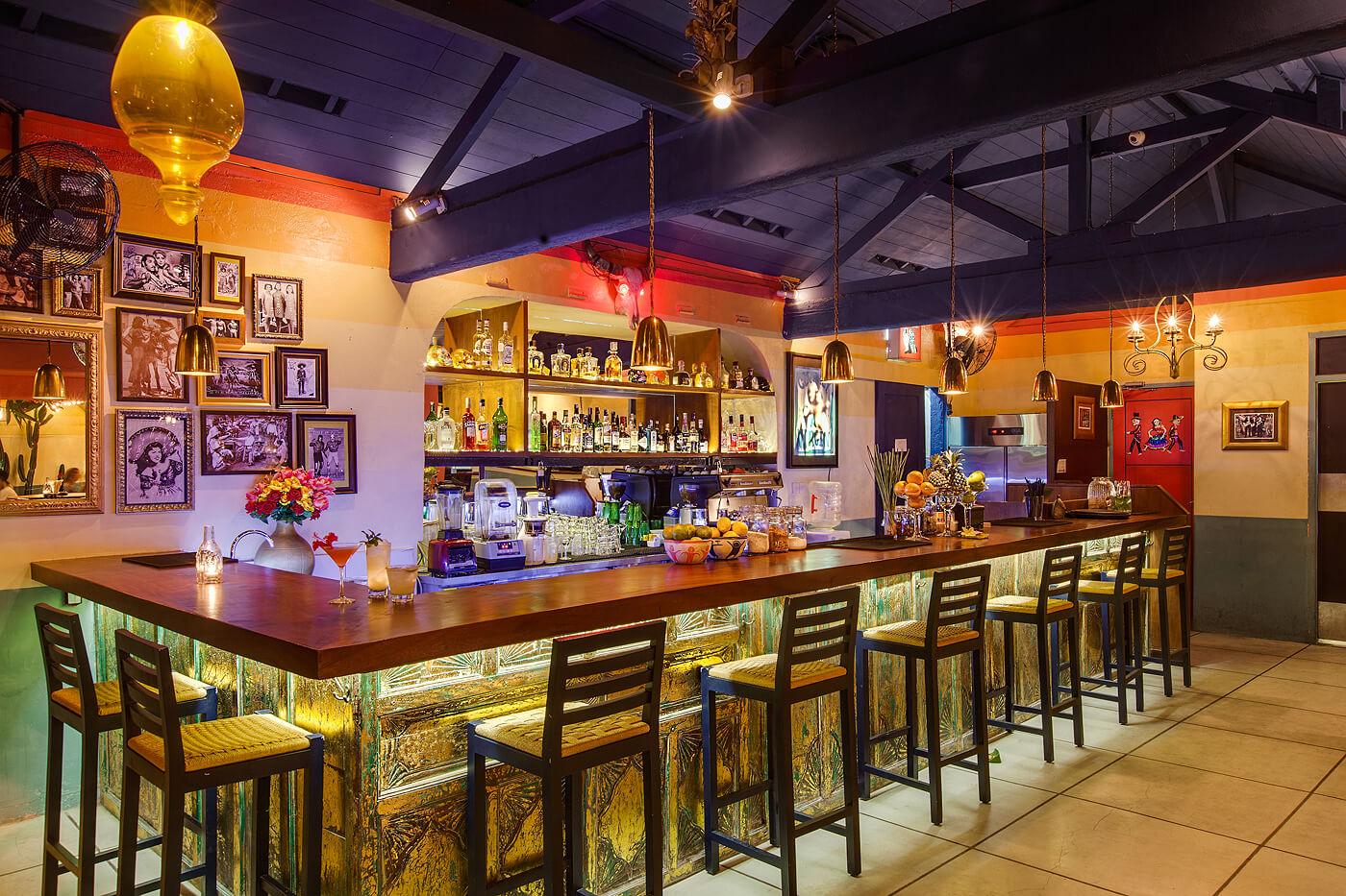 Lacalaca Cantina Mexicana Seminyak, Suasana Restoran Khas Meksiko di Pusat Keramaian Bali