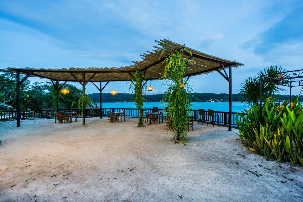 Laguna Reef Huts Lembongan