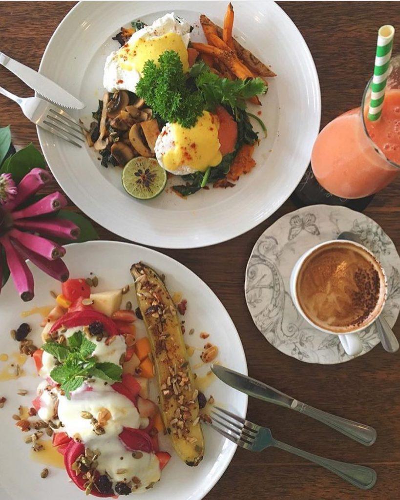 Love and Coconut Cafe Kuta 2 819x1024 » Love and Coconut Cafe Kuta, Kafenya para Backpacker di Bali