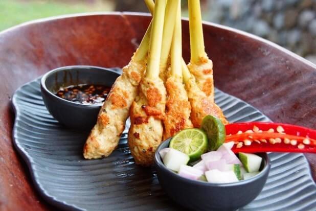 5 Makanan Khas Bali yang Mendunia dan Diburu Para Wisatawan