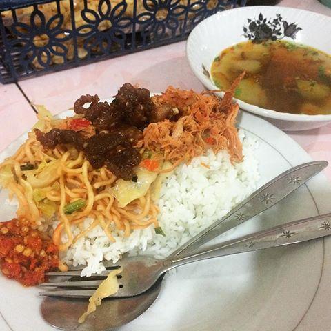 Nasi Angin Khas Tabanan 2 » Nasi Angin Khas Tabanan, Kuliner Pinggir Jalan Murah Meriah di Bali