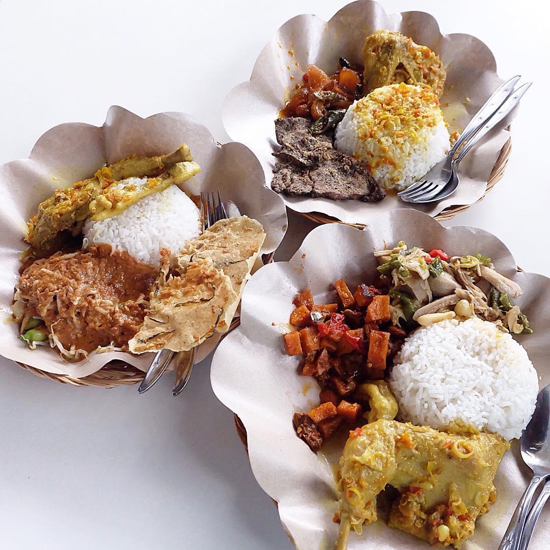 Nasi Pecel Bu Tinuk Kuta, Pilihan Kuliner Pecel yang Paling Terkenal di Seantero   Bali