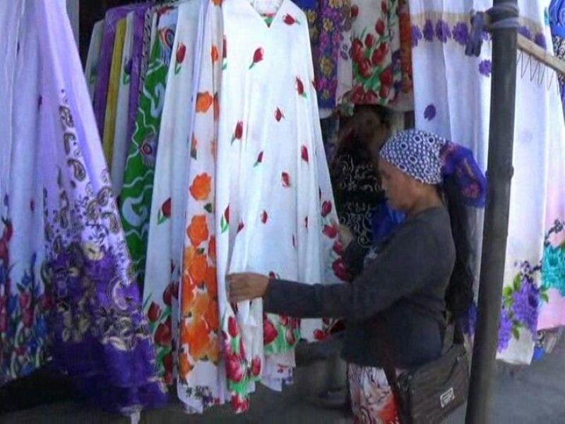 Oleh Oleh Mukena Bali 2 » Cari Oleh-Oleh Khas Bali yang Berguna? Mukena Bali Saja!