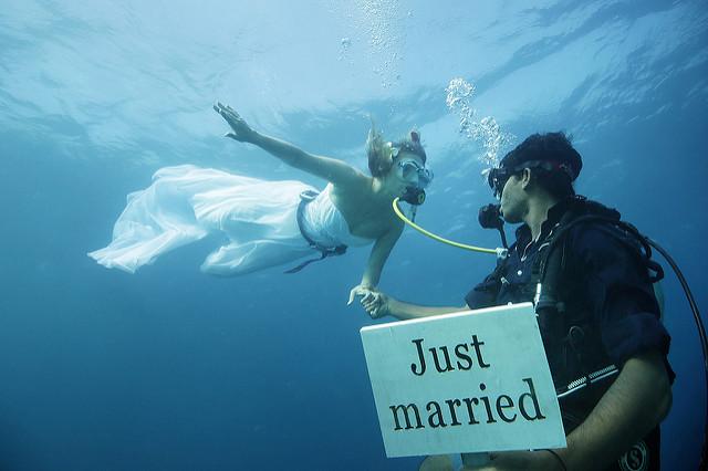 Paket Wedding Unik di Bali 1 » Paket Wedding Unik di Bali: Upacara Pernikahan di Bawah Laut