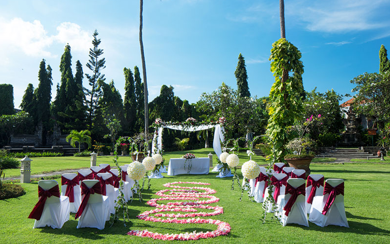 Paket Wedding White Rose Kuta