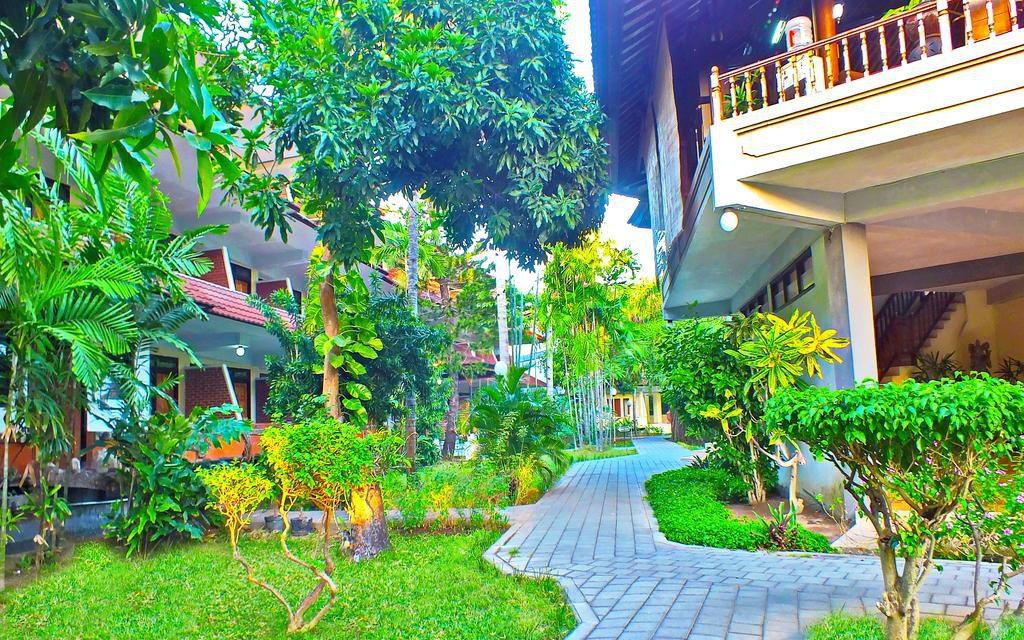 Palm Beach Hotel Bali 2 1024x640 » Palm Beach Hotel Bali, Hotel Bintang 3 dengan Akses ke Pantai Kuta Hanya Selempar Batu