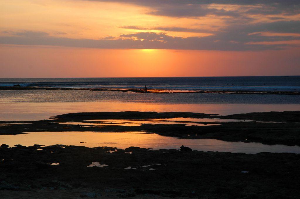 Pantai Balangan Uluwatu Bali 2 1024x681 » Pantai Balangan Uluwatu Bali, Pantai Indah yang Wajib Dikunjungi di Pulau Dewata