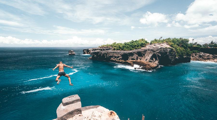 Pantai Blue Lagoon Nusa Ceningan