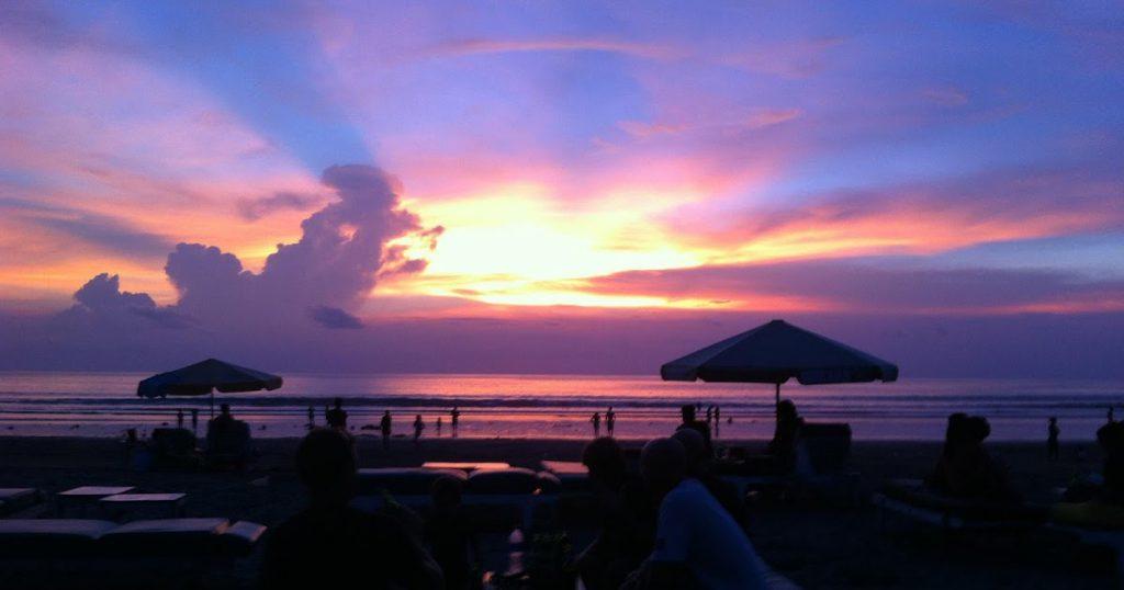 Pantai Double Six 3 1024x538 » Pantai Double Six Bali, Pantai Cantik yang Keindahannya Tak Kalah dengan Kuta