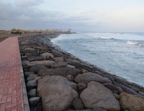 Pantai Gumicik Ketewel Gianyar 2 » Pantai Gumicik Ketewel Gianyar, Wisata Pantai dengan Sunrise Indah yang Masih Sepi Pengunjung