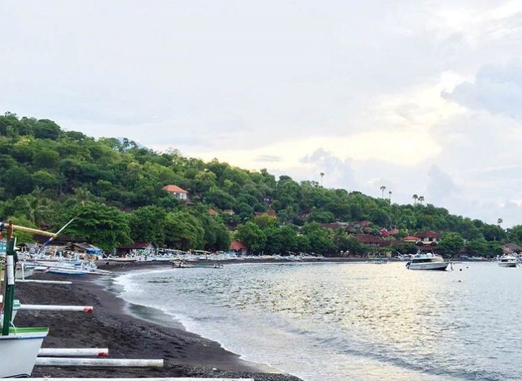Pantai Jemeluk Karangasem 2 » Menikmati Keindahan Pantai Jemeluk Karangasem yang   Tak Kalah dengan Amed