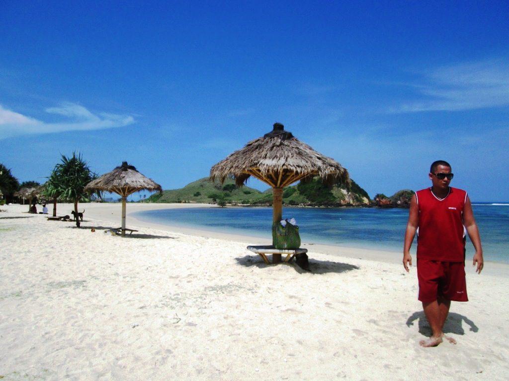 Pantai Kuta Lombok 2 1024x768 » Pantai Kuta Tak Hanya Ada di Bali, Lombok Juga Punya Lho!