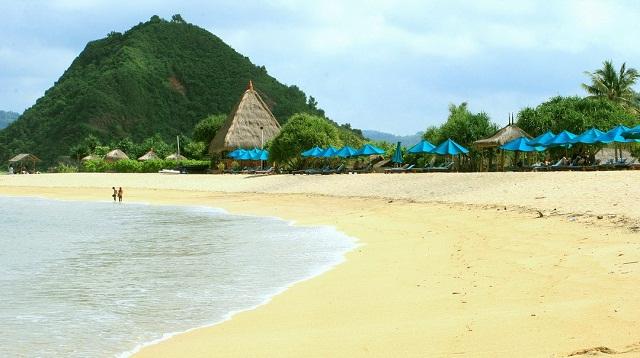 Pantai Kuta Lombok 3 » Pantai Kuta Tak Hanya Ada di Bali, Lombok Juga Punya Lho!