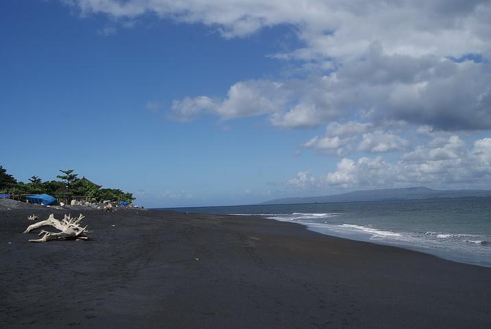 Pantai Lepang Klungkung