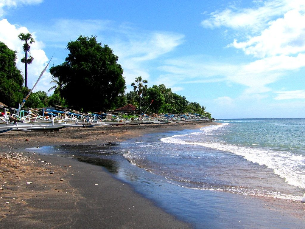 Pantai Lipah 1 1024x768 » Pantai Lipah, Pantai Sepi yang Punya Keindahan Alam Bawah Laut Memukau di Karangasem