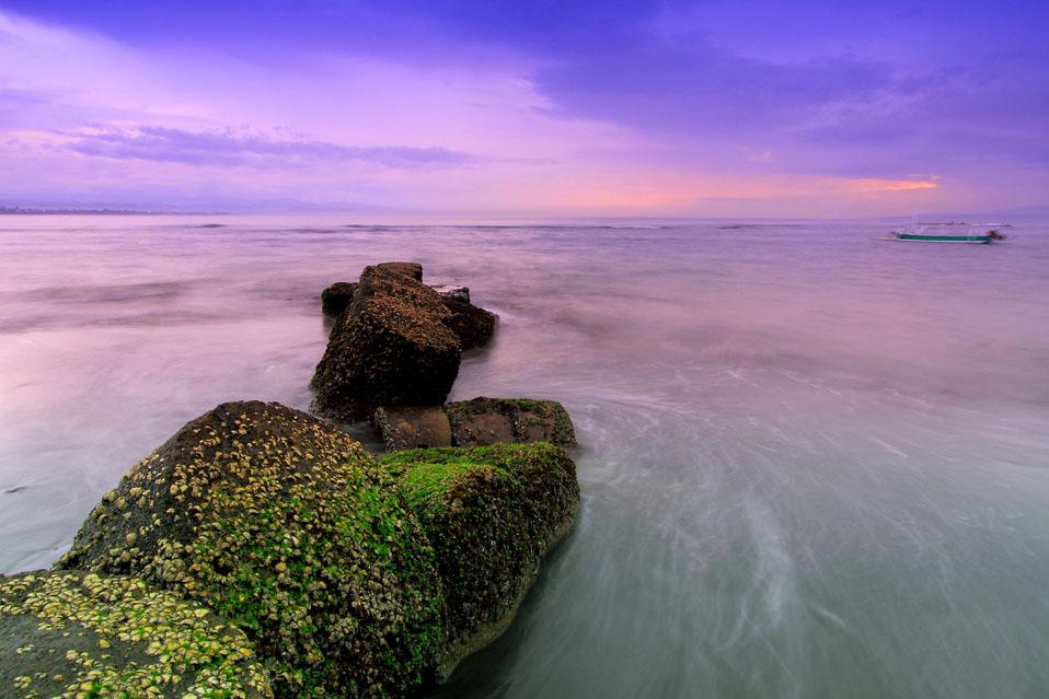 Pantai Matahari Terbit 1 » Pantai Matahari Terbit, Tempat Paling Asyik Menyaksikan Sunrise di Bali