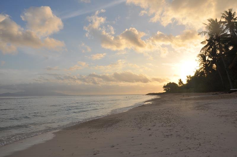 Pantai Matahari Terbit 2 » Pantai Matahari Terbit, Tempat Paling Asyik Menyaksikan Sunrise di Bali