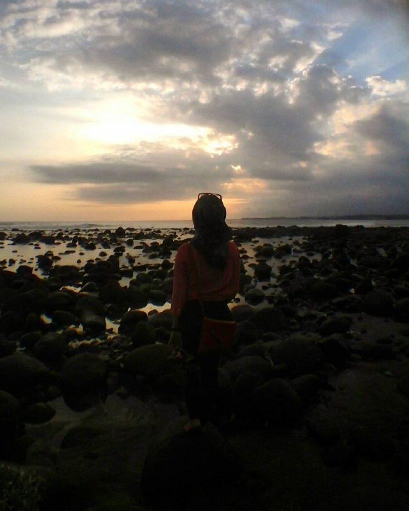 Pantai Medewi Jembrana 2 819x1024 » Surfing Seru-Seruan di Pantai Medewi Jembrana, Yuk!