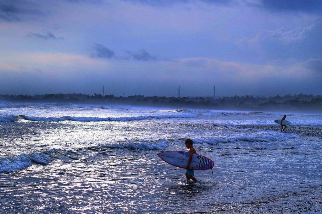 Pantai Medewi Jembrana 3 1024x682 » Surfing Seru-Seruan di Pantai Medewi Jembrana, Yuk!