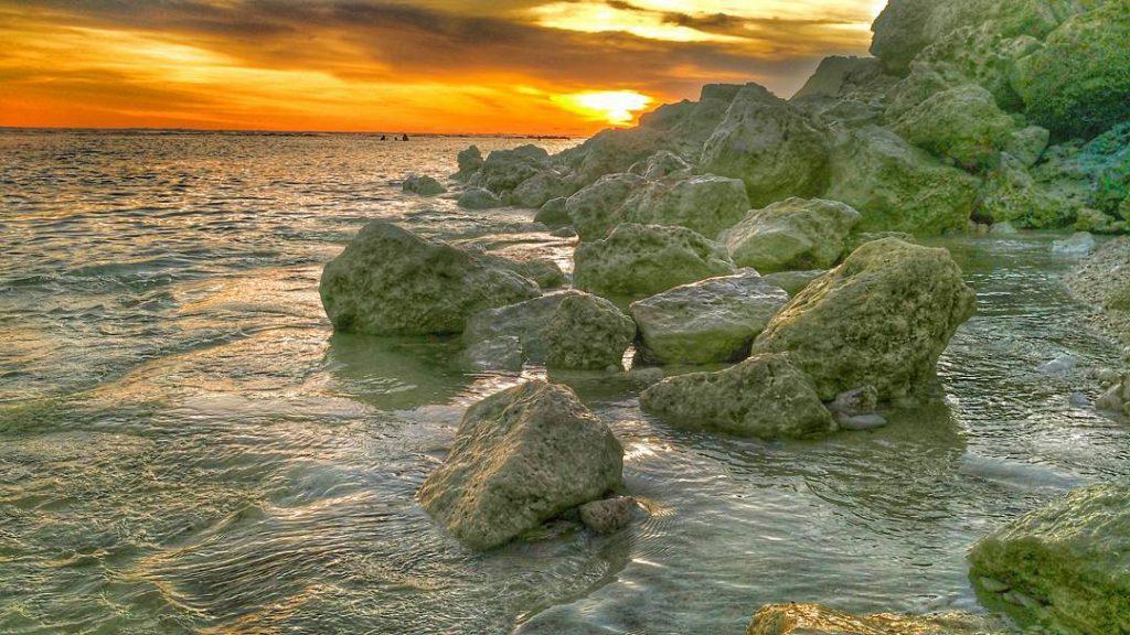 Pantai Melasti Ungasan 2 1024x576 » Pantai Melasti Ungasan, Pantai Instagrammable dengan Panorama Fantastis di Bali