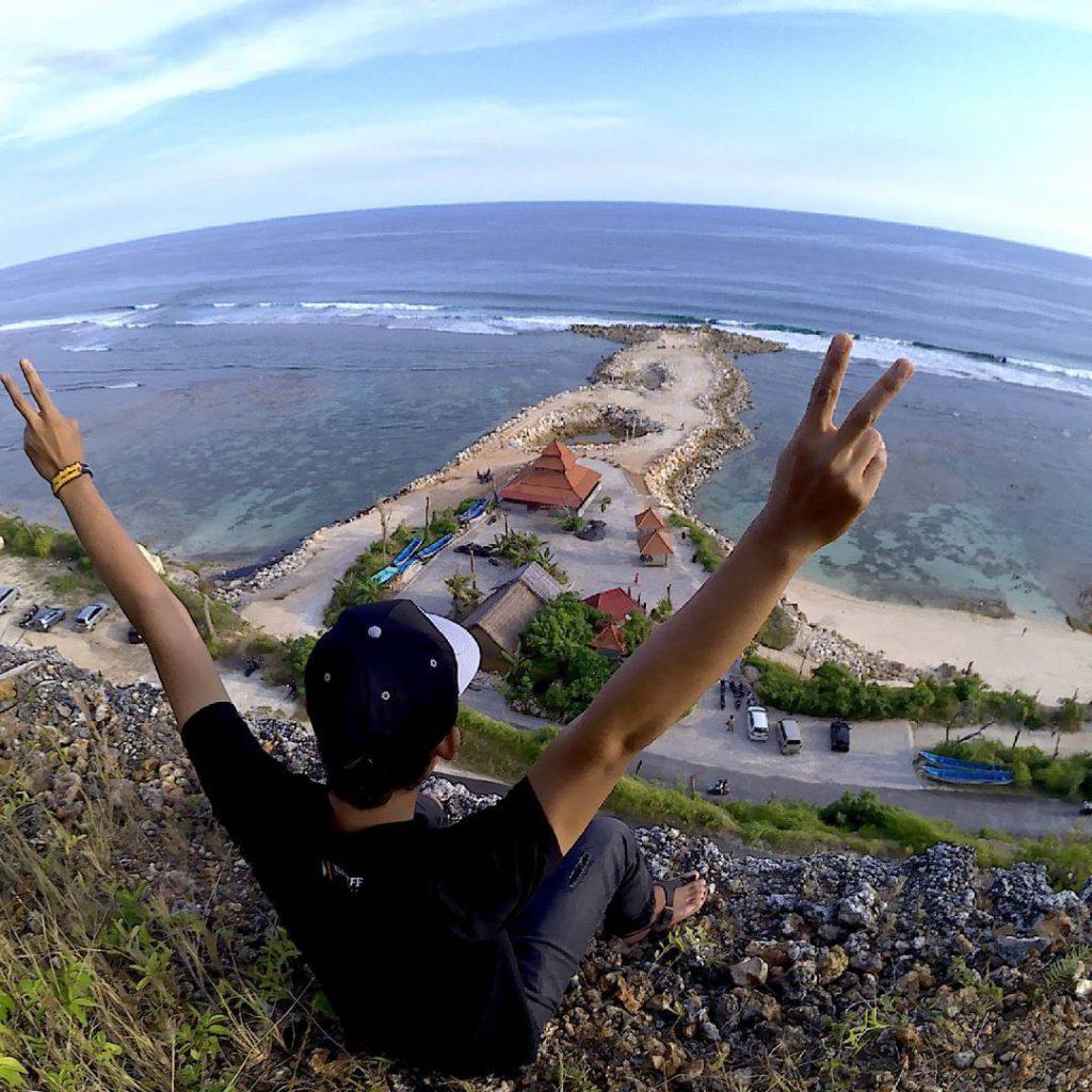 Pantai Melasti Ungasan 3 1024x1024 » Pantai Melasti Ungasan, Pantai Instagrammable dengan Panorama Fantastis di Bali