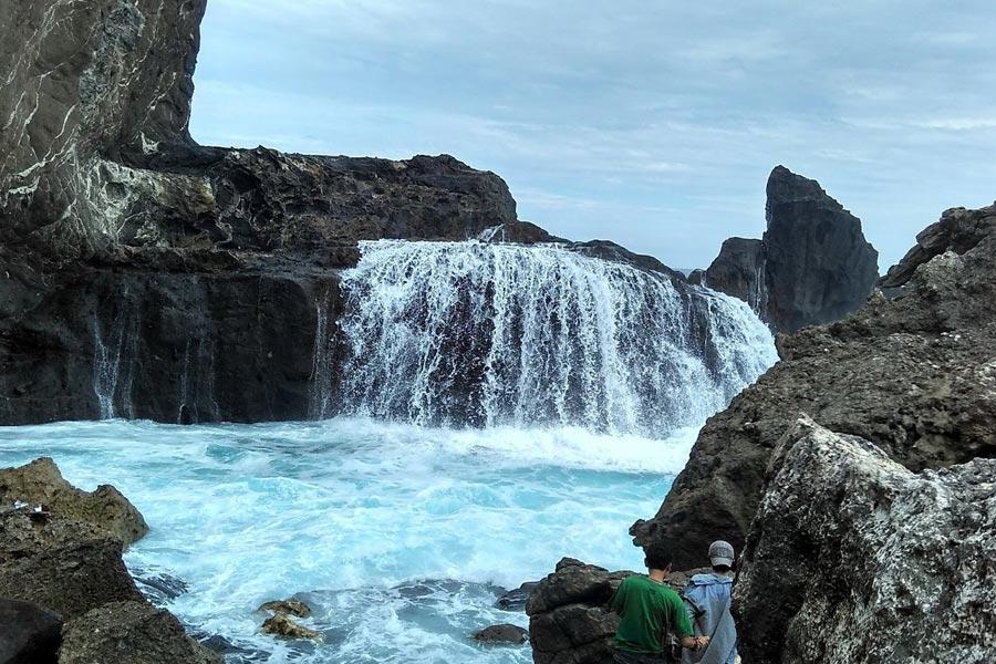 Pantai Nambung Sekotong