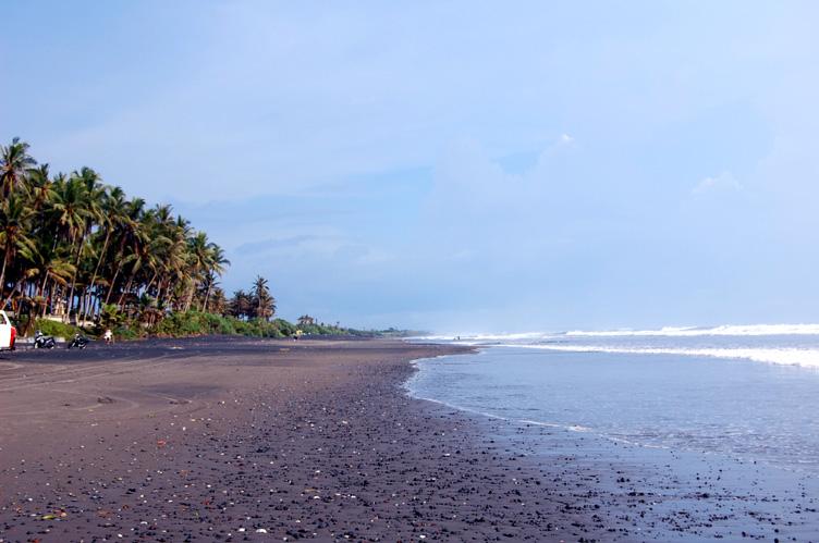 Pantai Pasut Tabanan