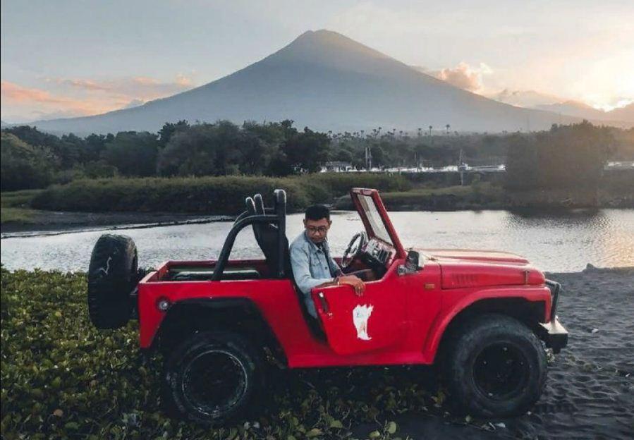 Pantai Peselatan Karangasem, Lokasi Keren untuk Berburu Foto Sunset Kece dengan Latar Gunung Fuji dari Bali