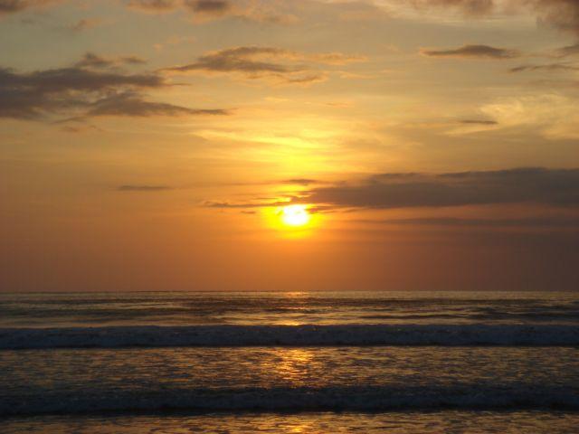 Pantai Purnama Gianyar, Wisata Pantai Indah yang Cocok untuk Liburan Keluarga