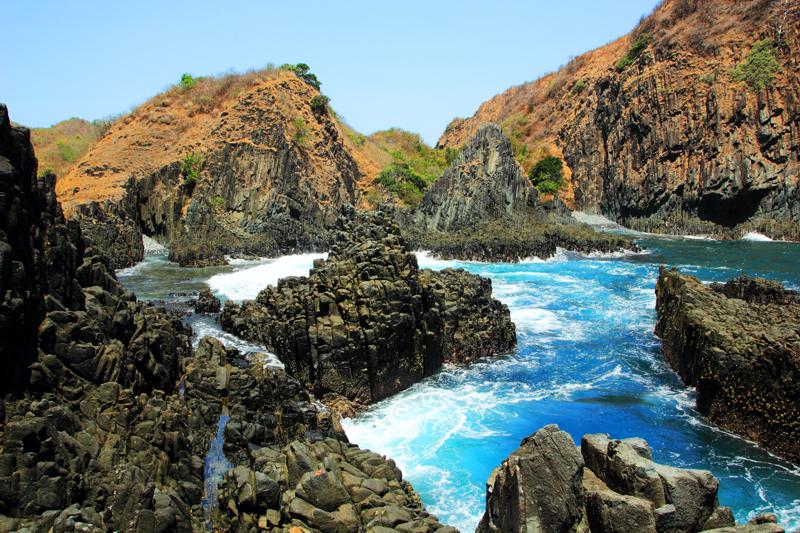 Pantai Semeti Lombok 2 » Pantai Semeti Lombok, Pilihan Destinasi Wisata Pantai dengan View Memesona