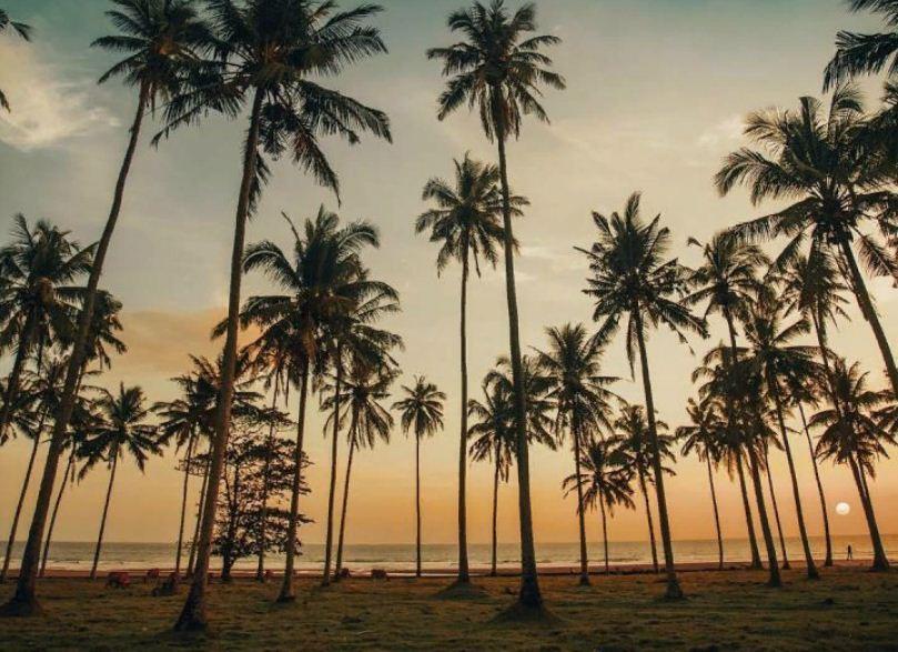Pantai Sepi Pengunjung di Bali 1 » Menjelajahi Pantai Sepi Pengunjung di Bali yang Bernuansa Seperti Hawaii