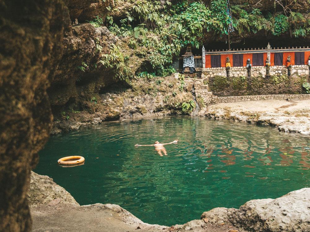 Pantai Tembeling Nusa Penida 2 » Pantai Tembeling Nusa Penida, Kesempatan Menikmati Liburan di Pantai Tersembunyi yang Menenangkan